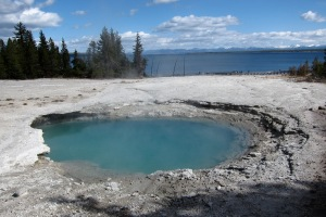The blue abyss, a sulfurous pool